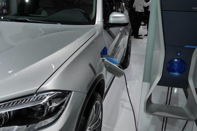 Hybride rechargeable : une niche fiscale ou une voiture écologique ?