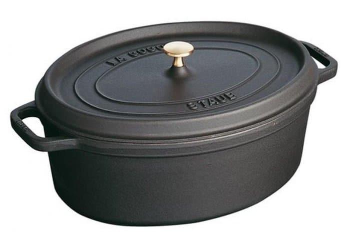 cocotte-en-fonte-staub-noir-ovale