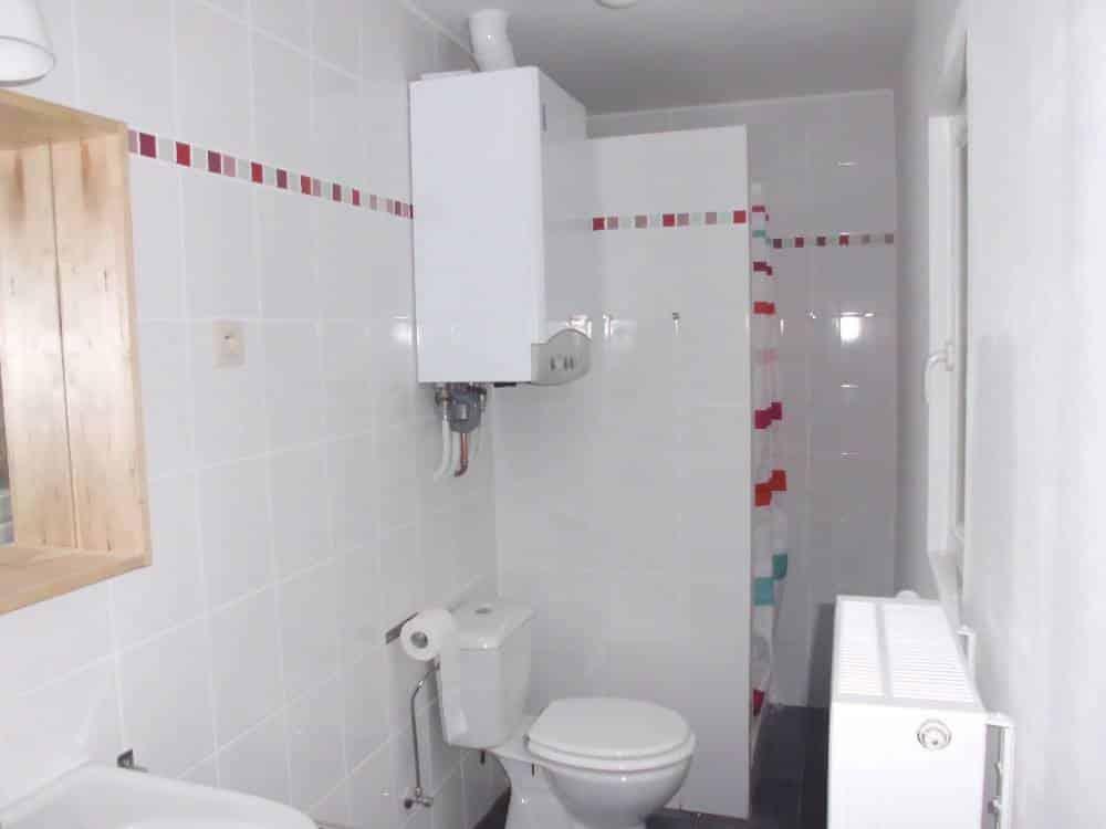 Salle de bain les r gles d installation d une chaudi re for Salle de bain installation