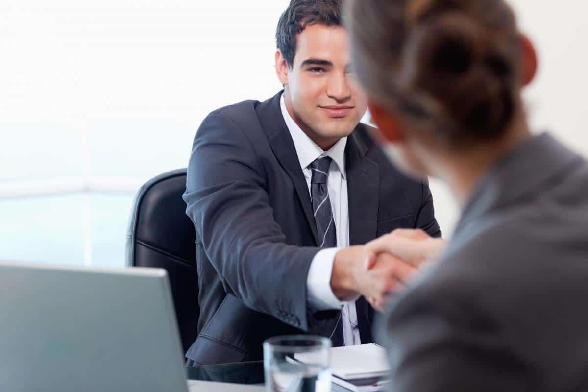 Comment faire bonne impression pendant un entretien ?
