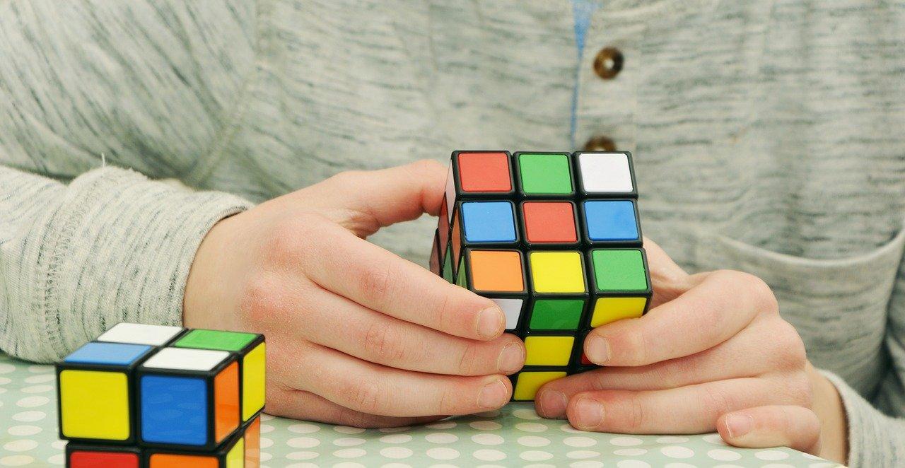 Quels sont les avantages des activités créatives pour les enfants?