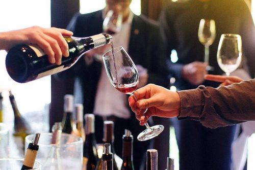Comment investir dans le vin ?