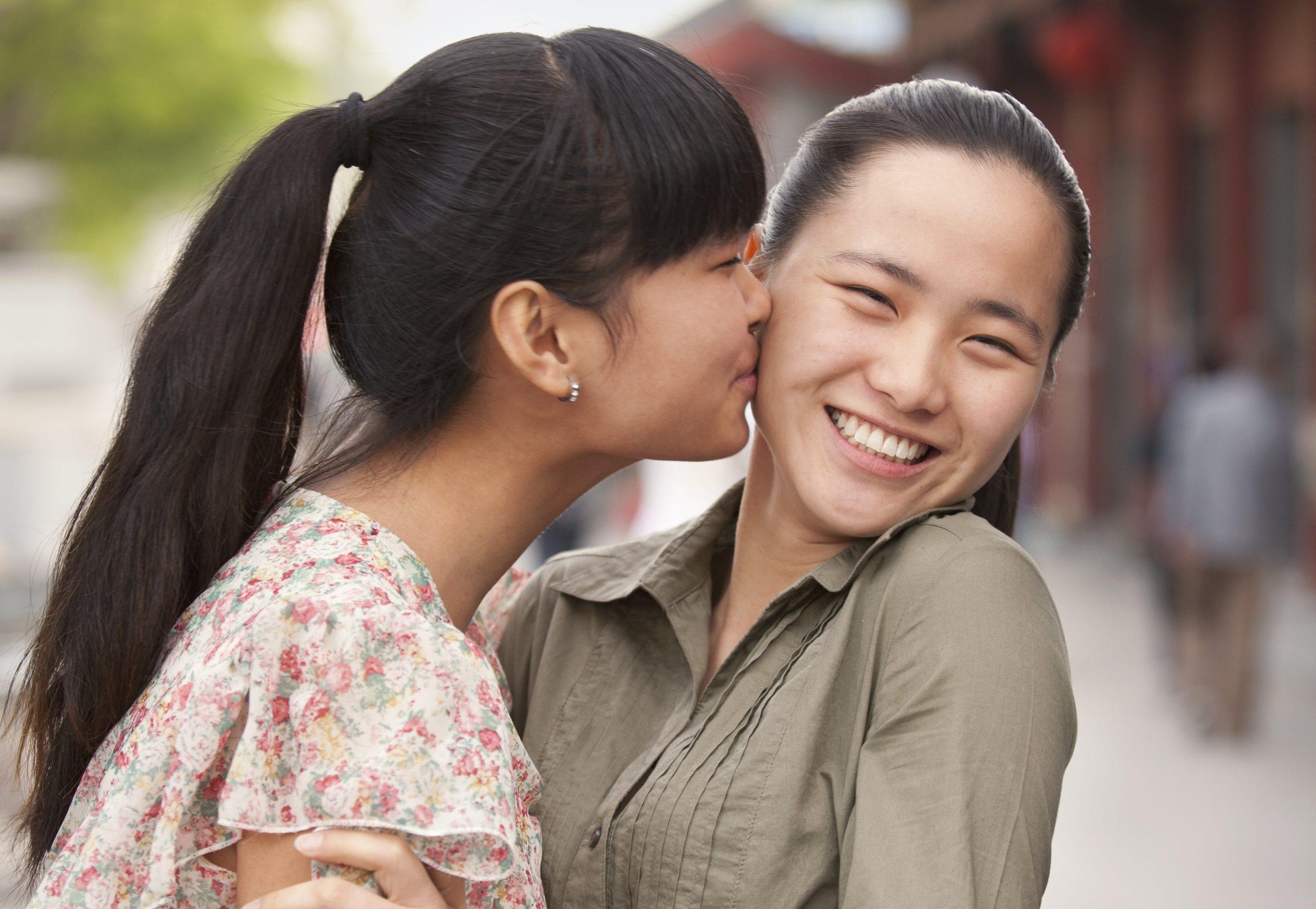 4 conseils pour réussir sur un tchat lesbienne de rencontre