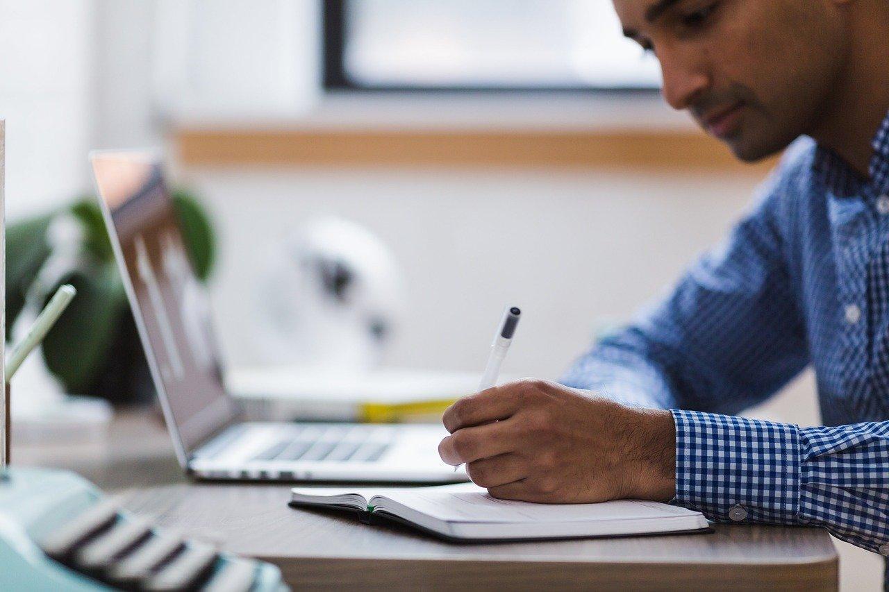 Comment devenir un comptable en alternance  ?