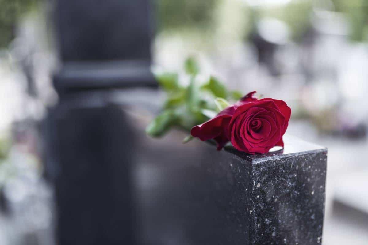 Pompes funèbres : tout savoir sur la marbrerie