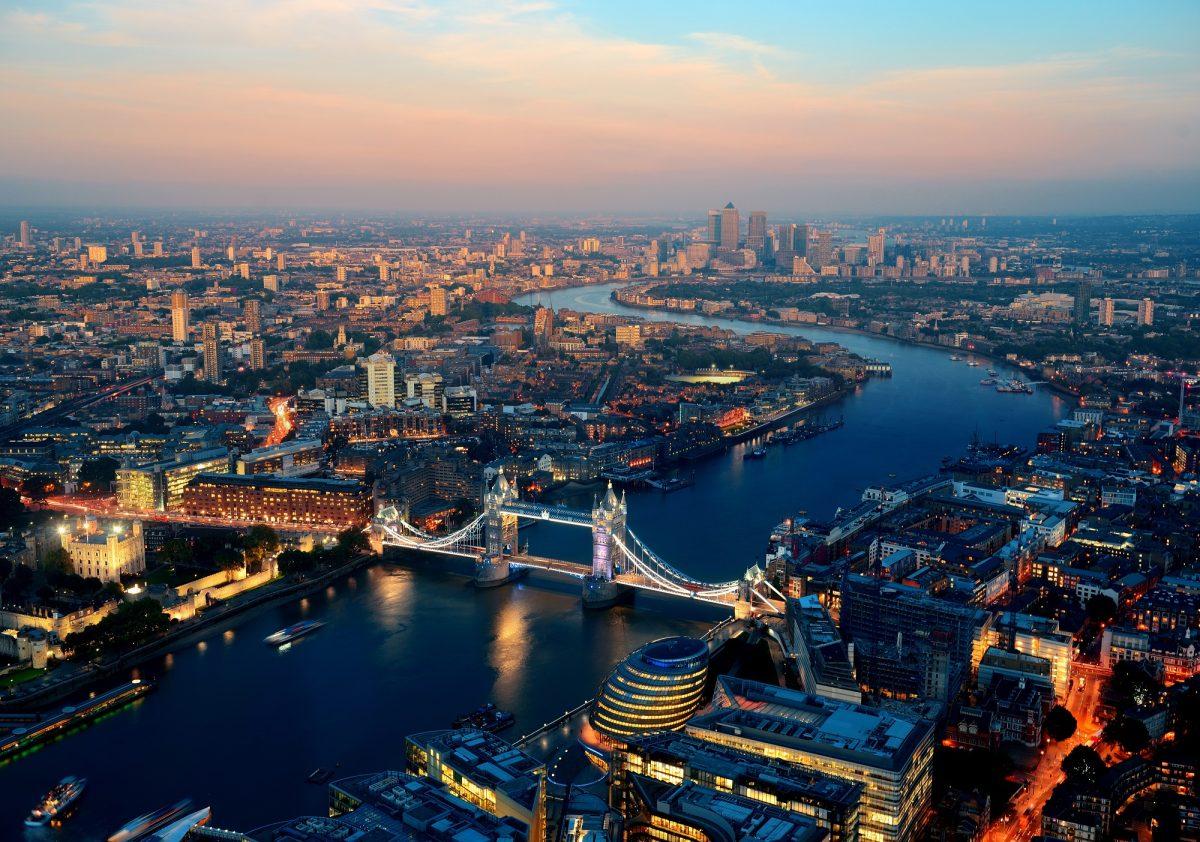Comment faire pour aller travailler à Londres ?