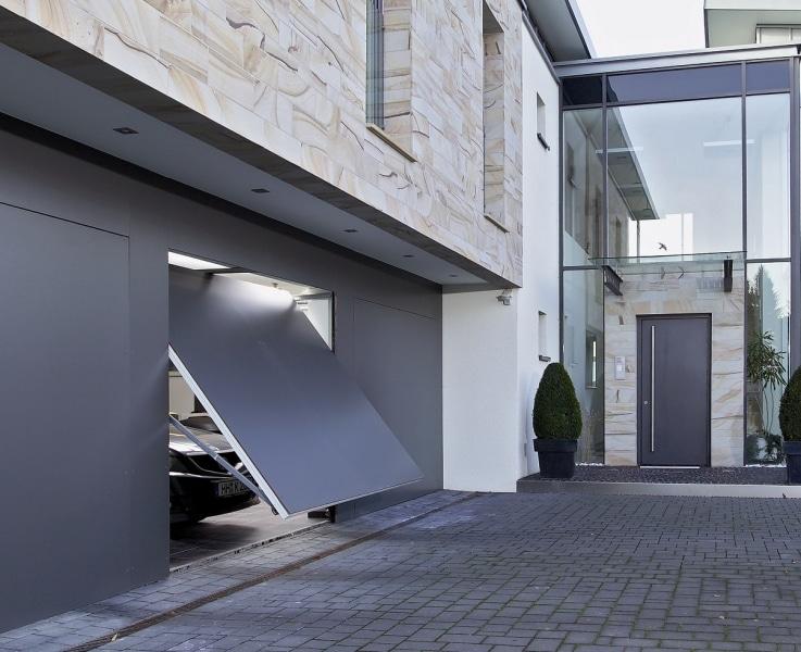 Comment choisir la bonne porte pour son garage