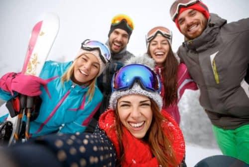 Partir au ski moins cher : Blabla car, bus, train, quel est le moins cher ?