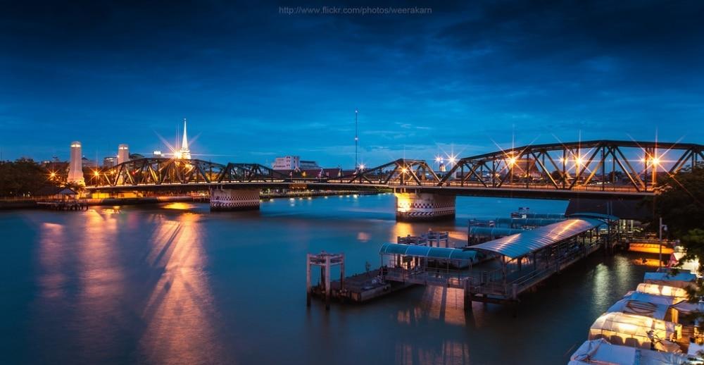 Les belles destinations le long de la rivière à Bangkok