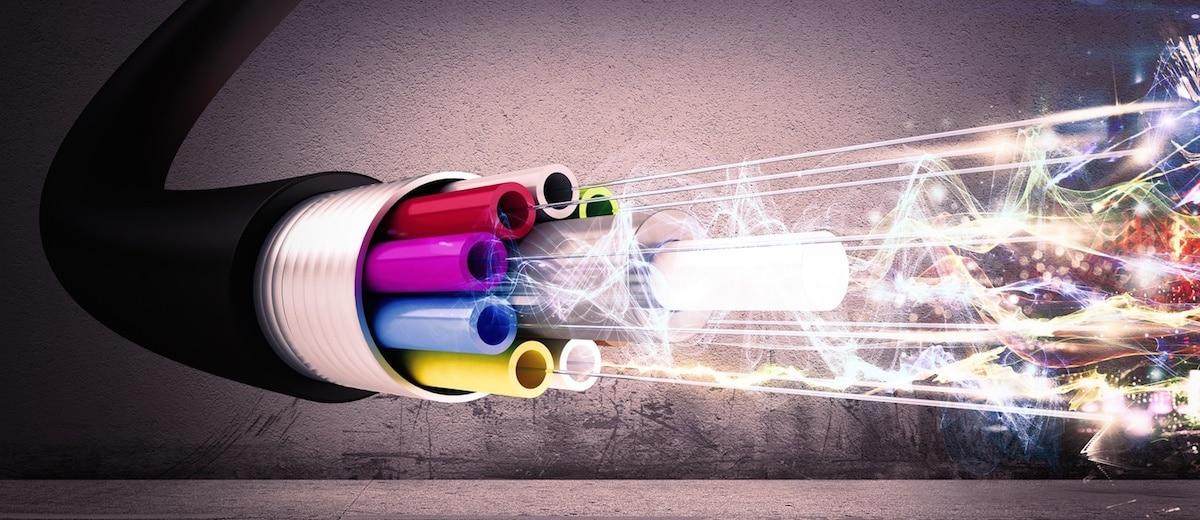 Câbles à fibre optique: ce qu'ils sont et pourquoi ils sont utilisés